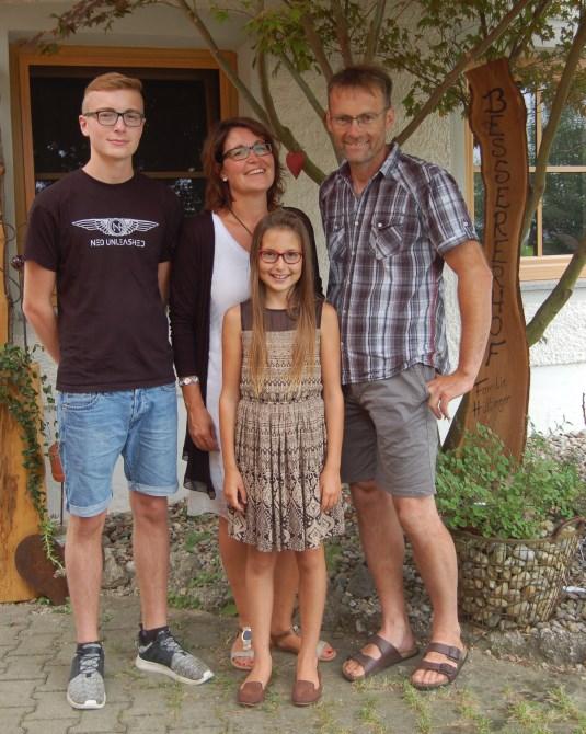 bessererhof-familie-hüttinger